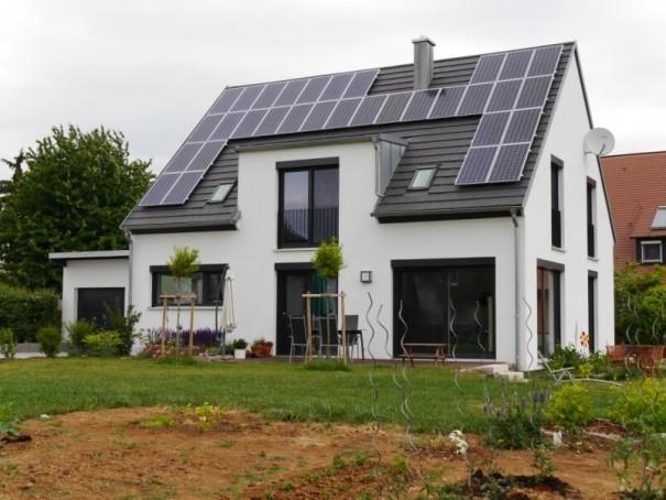 Wohnhaus-Euerfeld-2011-Frontansicht